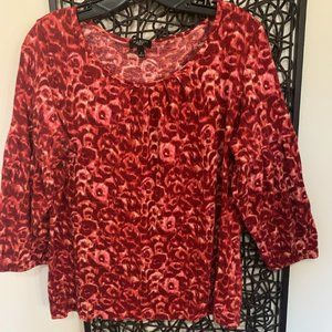TALBOTS RED 3/4 SLEEVE PATTERNED TOP SIZE X-EUC